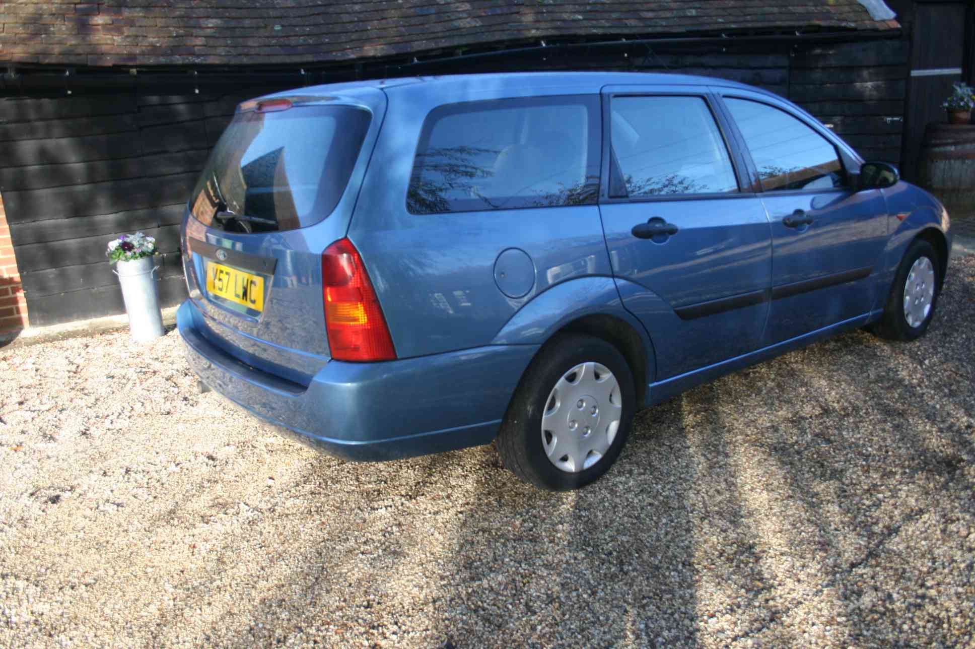 FORD Focus LX 5 Door Estate £899