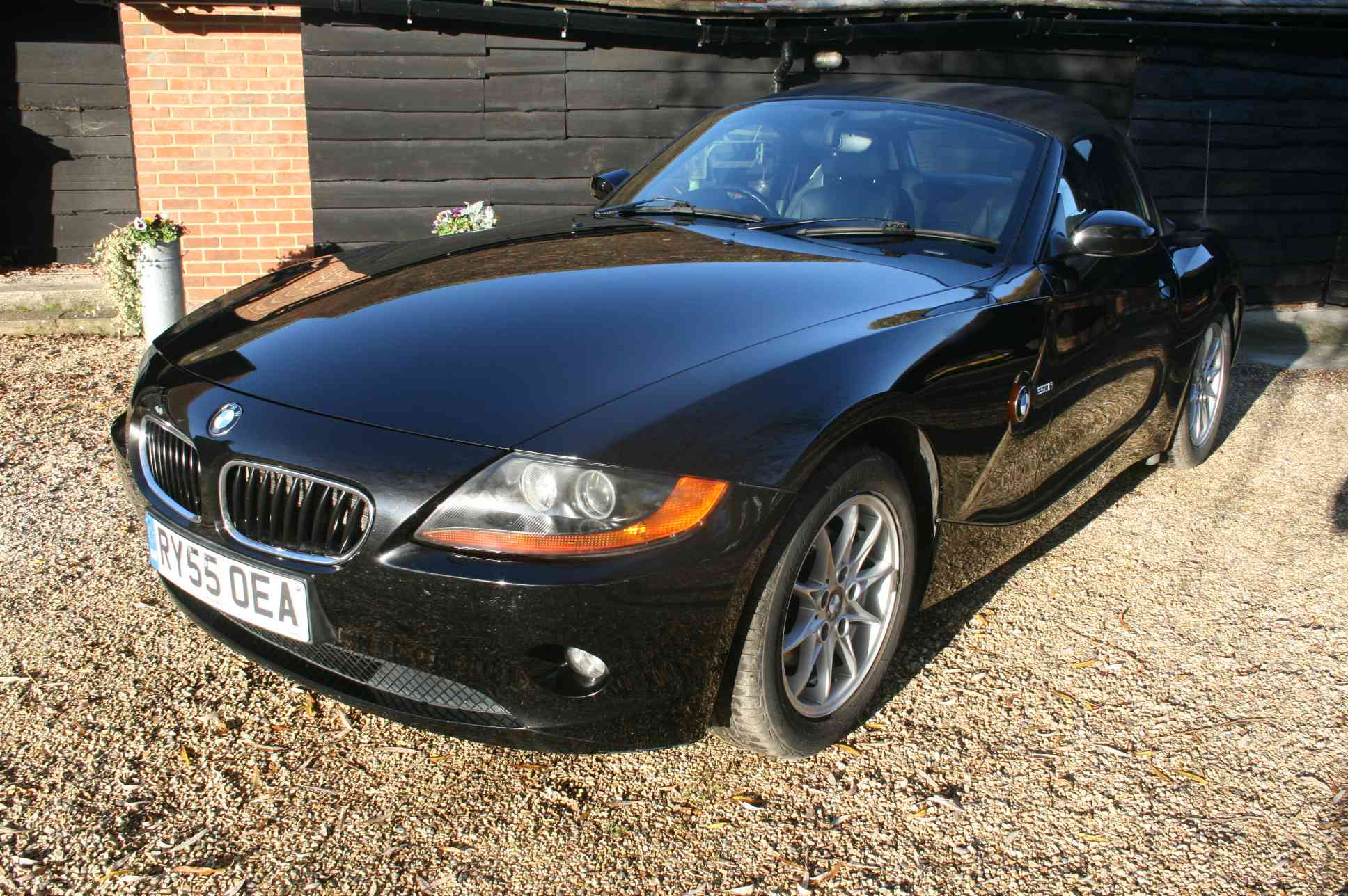 BMW Z4i SE 2 Door Convertible £3998