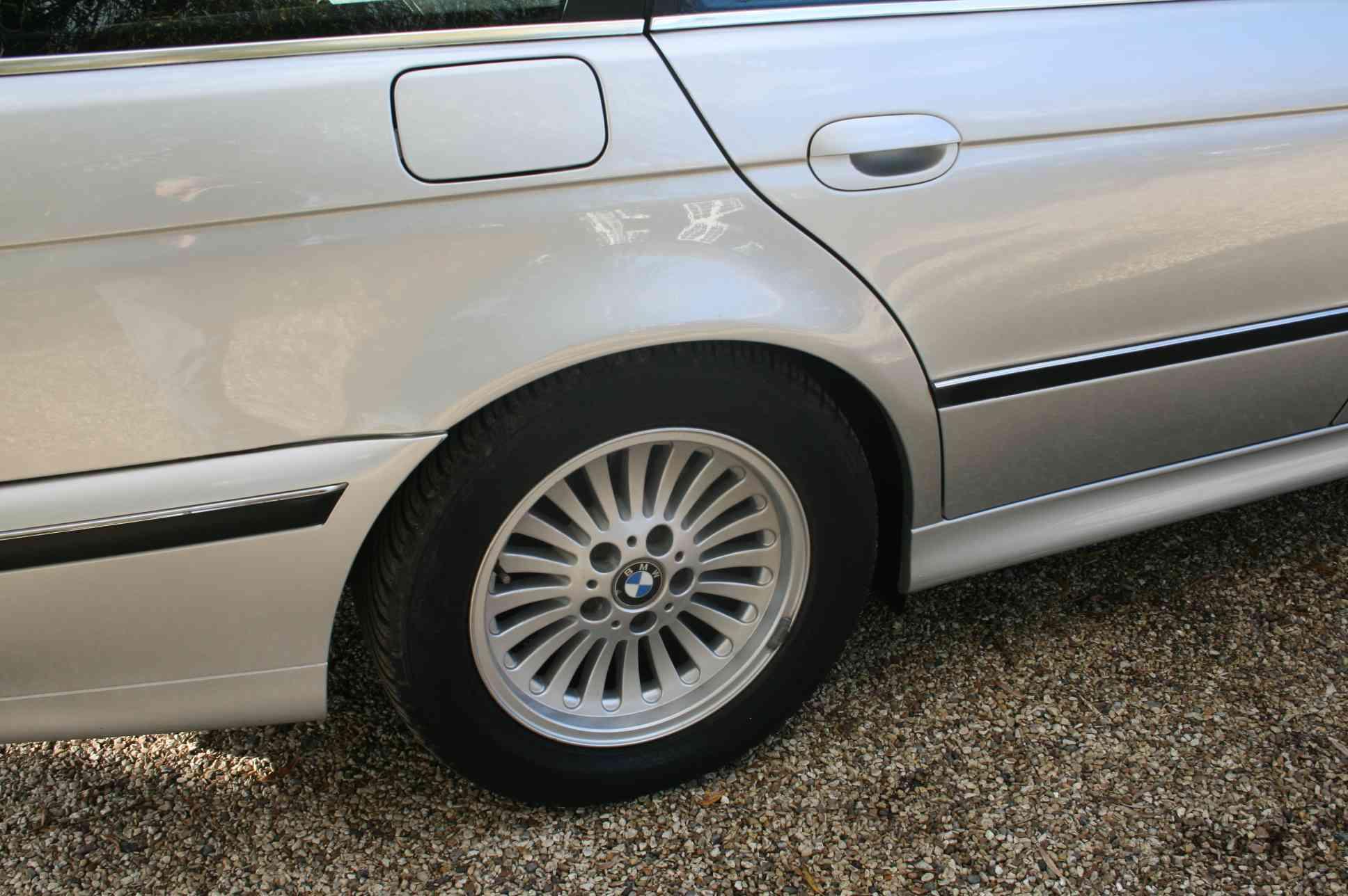 BMW 528i SE 5 Door Estate £2999