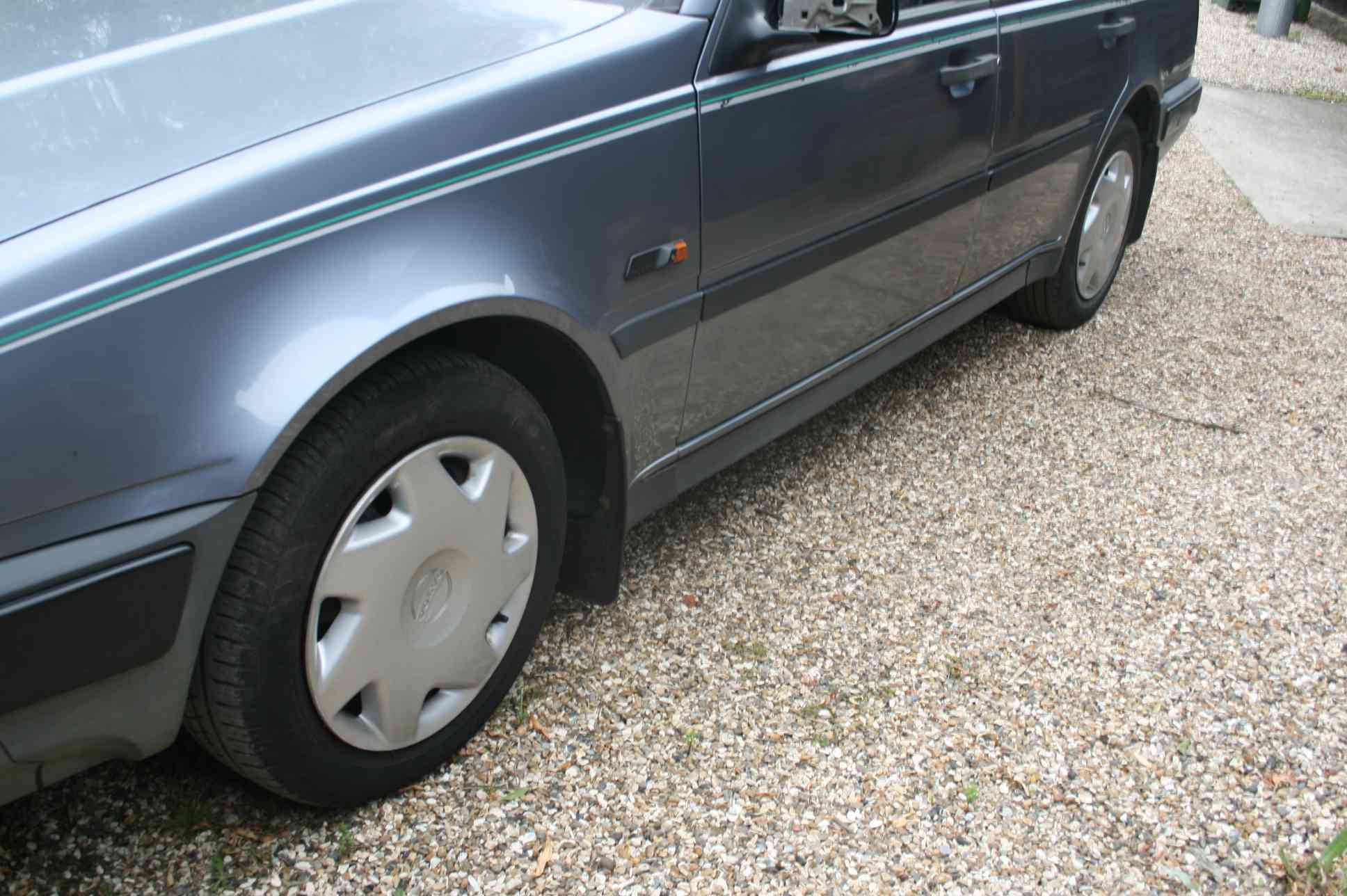 VOLVO 440 xi  5 Door Hatchback £1000