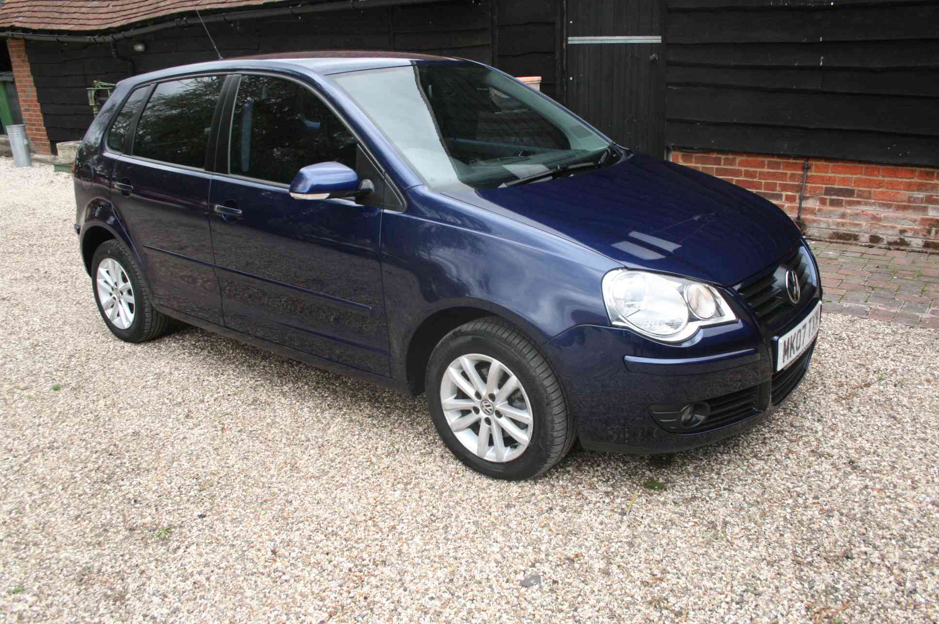 VOLKSWAGEN Polo S 5 Door Hatchback £3999